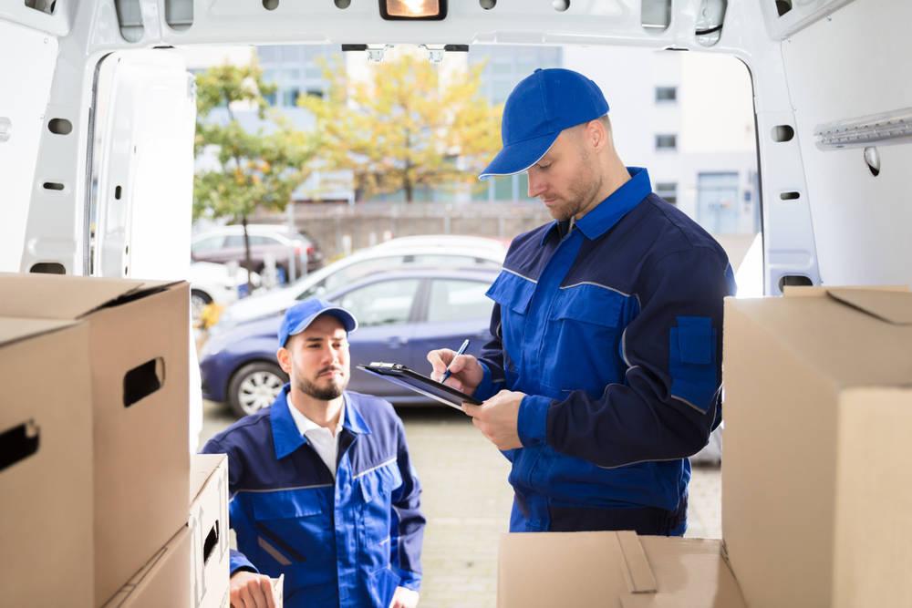 Consejos para acertar en tu empresa de transporte de muebles